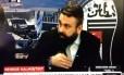 Jornalistas da TV oficial do Besiktas se assustam com explosão nos arredores do estádio Foto: Reprodução