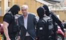 O ex-presidente da Câmara e deputado cassado Eduardo Cunha (PMDB-RJ) foi preso em outubro de 2016 Foto: Geraldo Bubniak 20/10/2016 / Agência O Globo