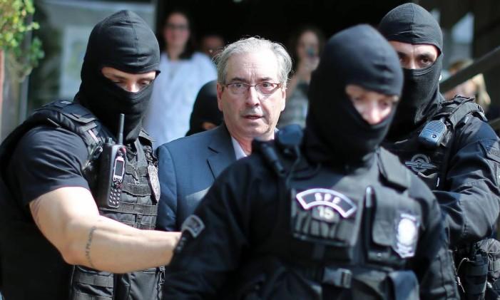 O ex-presidente da Câmara dos Deputados Eduardo Cunha é preso pela Polícia Federal Foto: Heuler Andrey / AFP / 20-10-2016