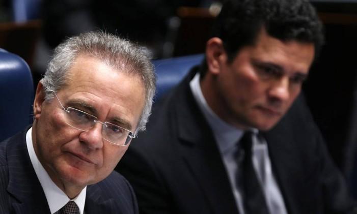 O presidente do Senado, Renan Calheiro (PMDB-AL) ao lado do juiz Sérgio Moro, que conduz a Lava-Jato na primeira instância Foto: Adriano Machado / Reuters / 1-12-2016