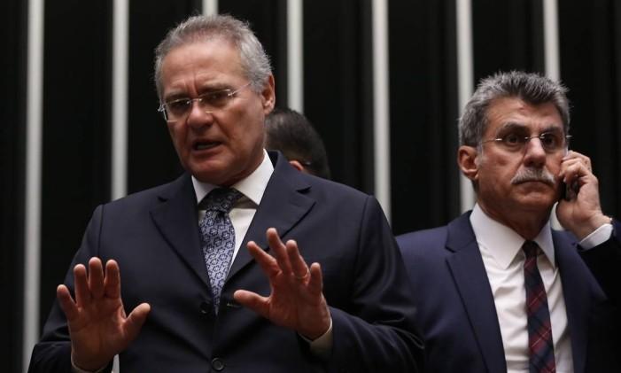 O presidente do Senado, Renan Calheiros (PMDB-AL), e o senador Romero Jucá (PMDB-RR) Foto: Ailton de Freitas / Agência O Globo / 18-102016