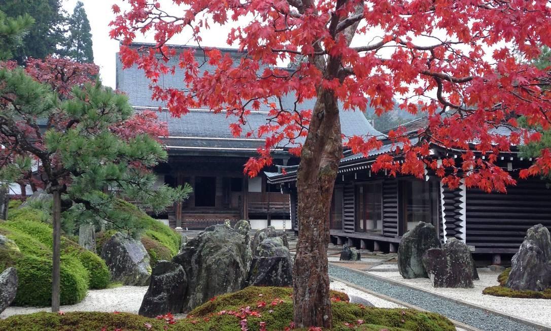 Entrada do ryokan (hospedaria tradicional japonesa) Fukuchi-in, localizado em Koyasan, ao sul de Osaka Foto: Léa Cristina / Agência O Globo