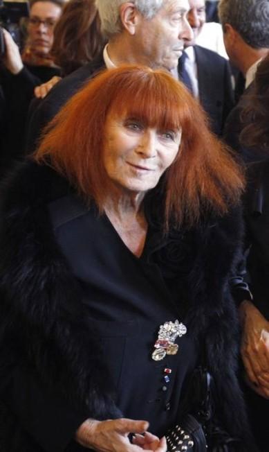 A francesa Sonia Rykiel, conhecida como a rainha do tricô, morreu em agosto e isso alavancou as buscas pelo seu nome PATRICK KOVARIK / AFP