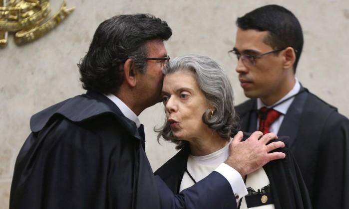 Juízes sugerem a Gilmar Mendes que renuncie à toga e vire 'comentarista'