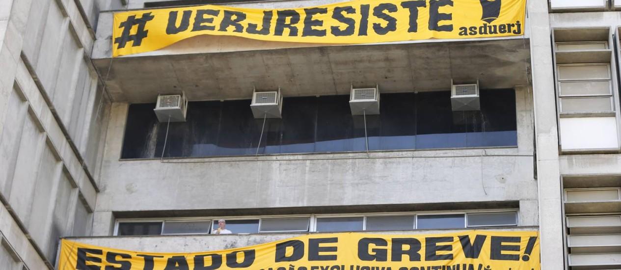 UERJ divulga nota de repúdio ao tratamento dado pelo estado. Foto de 29/08/2016 Foto: Domingos Peixoto / Agência O Globo