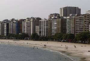 Vista da Praia de Icaraí, um dos pontos com IPTU mais elevado da cidade: parcelas mais caras Foto: Luiz Ackermann/14-09-2016 / Agência O Globo