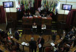 Vereadores discutem projetos no plenário da Câmara Foto: Divulgação/Sergio Gomes