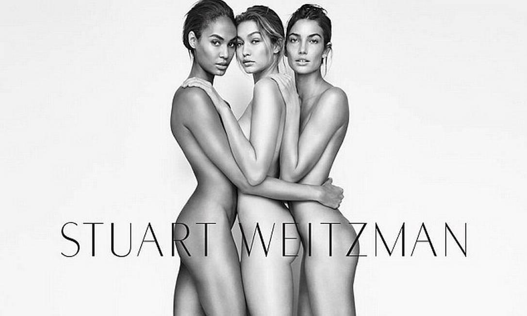 Campanha 2016 da marca, ao lado de Joan Smalls and Lily Aldridge Divulgação