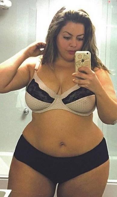 Selfie no espelho Reprodução/Instagram