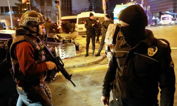 turkey_07 Vídeo mostra morte de embaixador em atentado na Turquia