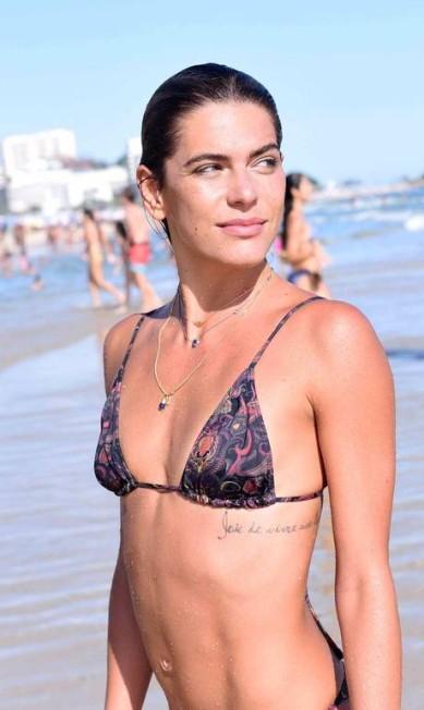 Mais de Mariana na praia de Ipanema Divulgação