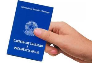 Carteira de Trabalho e Previdência Social Foto: Arquivo/25-02-2013