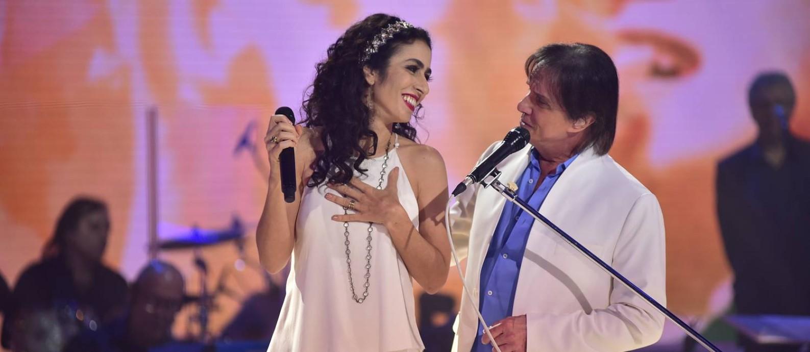 Marisa Monte e Roberto Carlos Foto: TV Globo/Divulgação