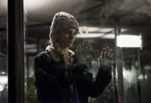 A atriz Brit Marling, também roteirista da série que estreou na sexta-feira Foto: Divulgação / Jojo Whilden/Netflix