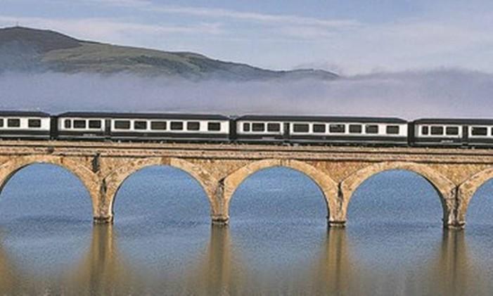 Trem na Espanha Foto: Renfe/Divulgação