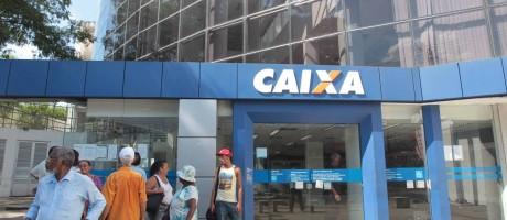 Último dia de funcionamento dos bancos Foto: Cléber Júnior / Agência O Globo