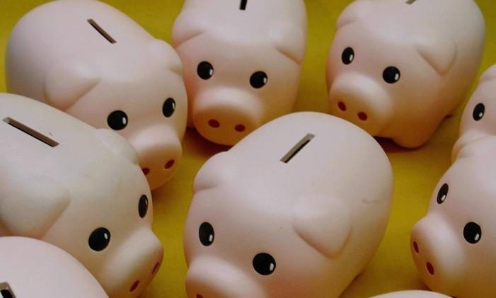 Investimento na poupança Foto: Simone Marinho / Agência O Globo
