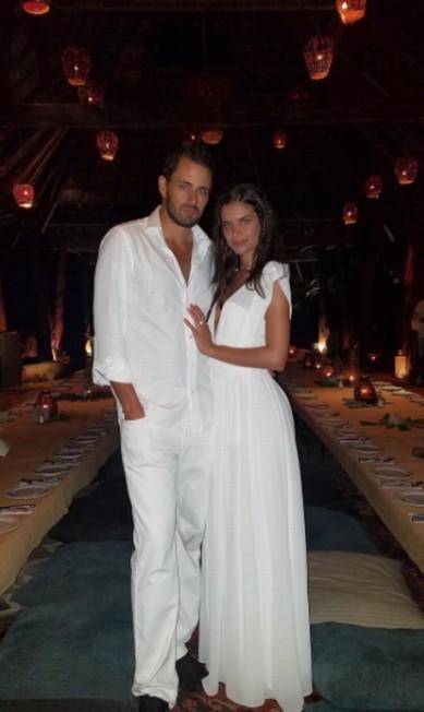 A modelo portuguesa Sara Sampaio curtiu a virada em Tulum, no México Instagram