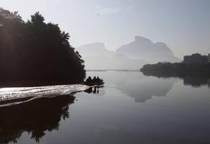 Lagoas da região da Barra da Tijuca podem receber linhas de transporte aquaviário: vice-prefeito sugeriu a Crivella a contrução de um atracadouro no Jardim Ocenânico Foto: Luiz Ackermann/30-08-2016 / Agência O Globo