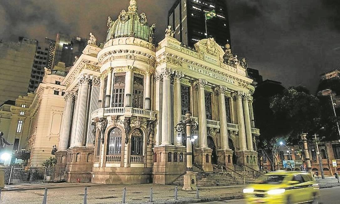 Municipalização. O Teatro Municipal tem gastos de R$ 56 milhões por ano Foto: Alexandre Cassiano
