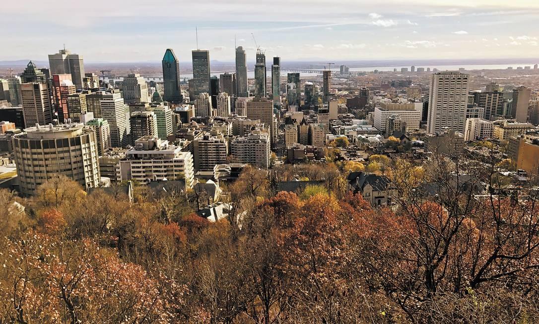 Montreal, vista do Monte Royal: prédios da cidade canadense não devem ser mais altos que o monte Foto: Martha Beck / Agência O Globo