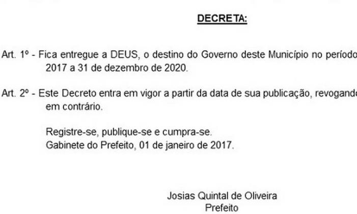 Prefeito de Santo Antônio de Pádua (RJ) entrega cidade a Deus Foto: Reprodução