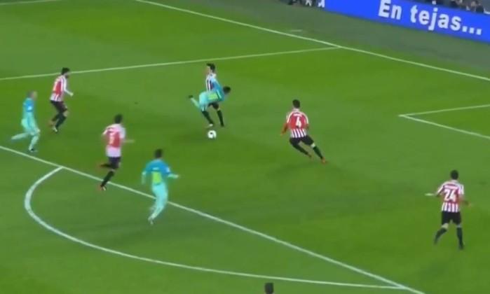Imprensa critica árbitro em derrota do Barcelona na Copa do Rei:
