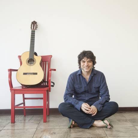 Fred Martins nasceu em Niterói, mas mora, atualmente, em Portugal Foto: Agência O Globo / Analice Paron
