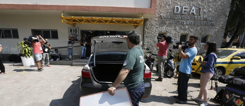 Deat registra cerca de 35 ocorrências por dia, a maioria roubos e furtos Foto: Pablo Jacob / Agência O Globo