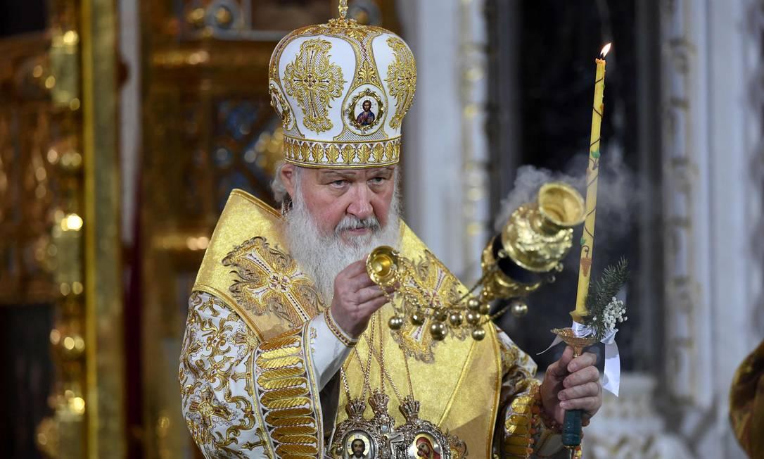 O patriarca russo Kirill celebrou neste sábado uma missa na catedral de Moscou KIRILL KUDRYAVTSEV / AFP