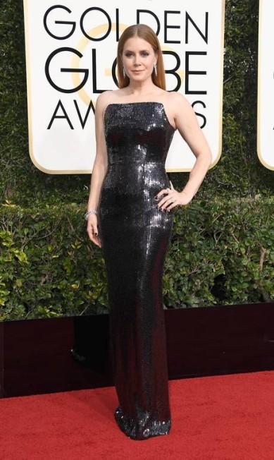 Amy Adams, indicada ao prêmio de melhor atriz pelo fime 'A chegada', vestiu Tom Ford Frazer Harrison / AFP