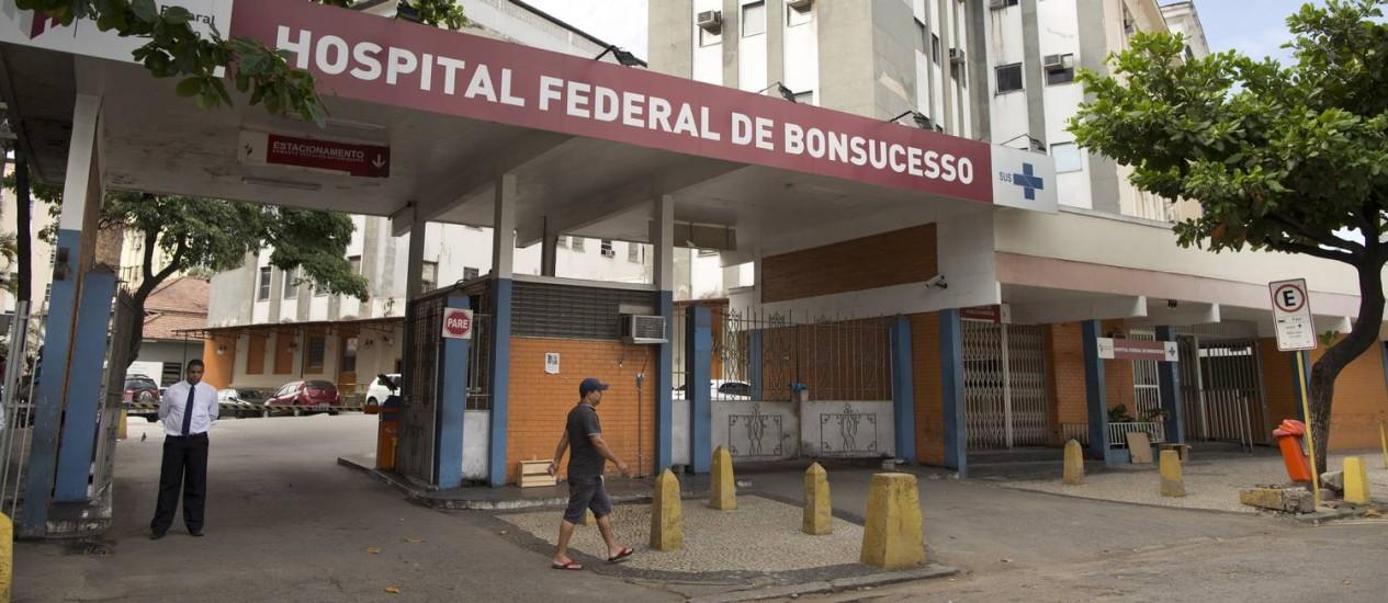 Crivella cogitou municipalizar unidades federais, mas, para o TCM, boa gestão do Sisreg é a melhor solução para reduzir filas. Na foto, o Hospital de Bonsucesso Foto: Márcia Foletto / O Globo