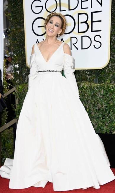 A atriz Sarah Jessica Parker, no ar em 'Divorce', de Vera Wang Frazer Harrison / AFP
