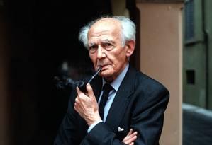 Zygmunt Bauman criou conceito de 'modernidade líquida' Foto: LEONARDO CENDAMO / Agência O Globo