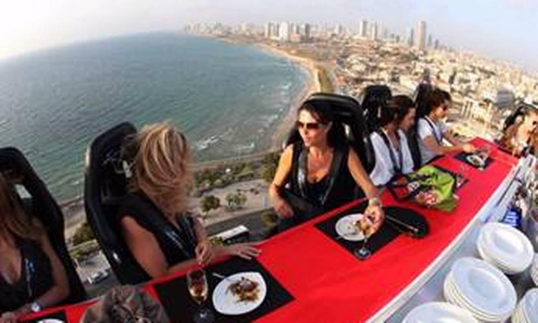 Dinner in the sky: Puerto Vallarta, no México, terá jantar nas alturas