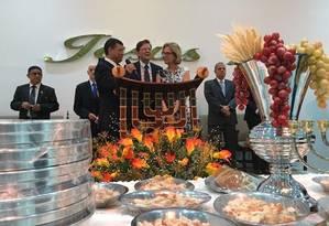 o bispo Jorge Braz, da Igreja Universal do Reino de Deus, e o prefeito Marcelo Crivella Foto: Reprodução do Twitter