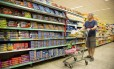 EC Rio de Janeiro (RJ) 11/11/2016 Comportamento do consumidor na compra de alimentos - O economista Newton Voigt. Foto Monica Imbuzeiro / Agencia O Globo