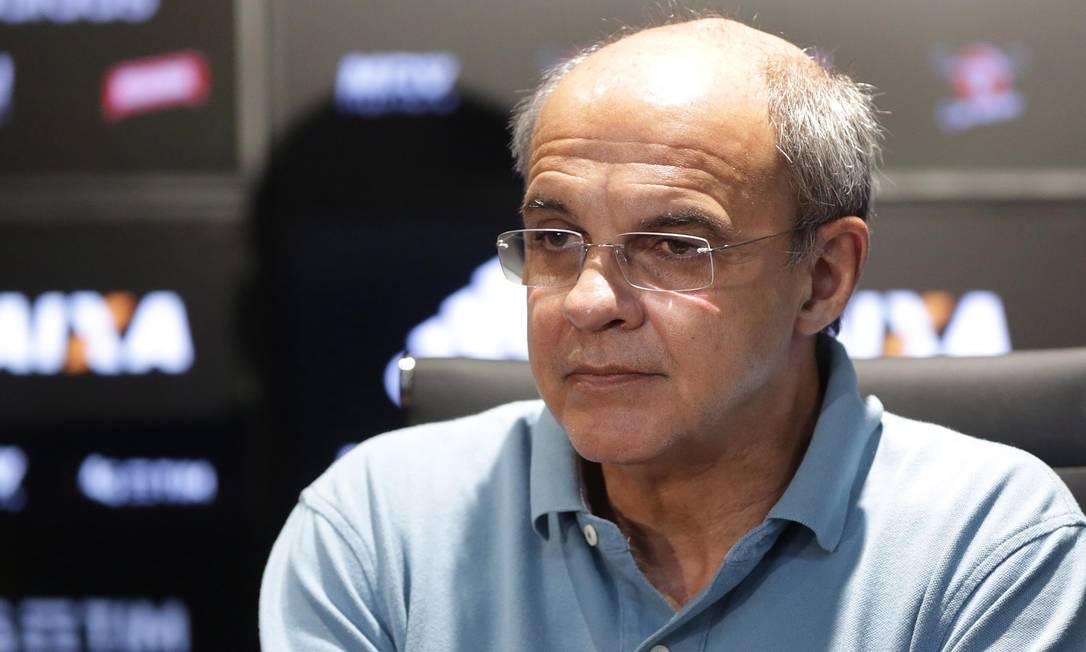 Eduardo Bandeira de Mello durante a apresentação do elenco do Flamengo no Ninho do Urubu Foto: Mércio Alves / Agência O Globo