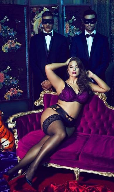 Ashley tem 28 anos e é modelo desde 2001 Divulgação / Addition Elle
