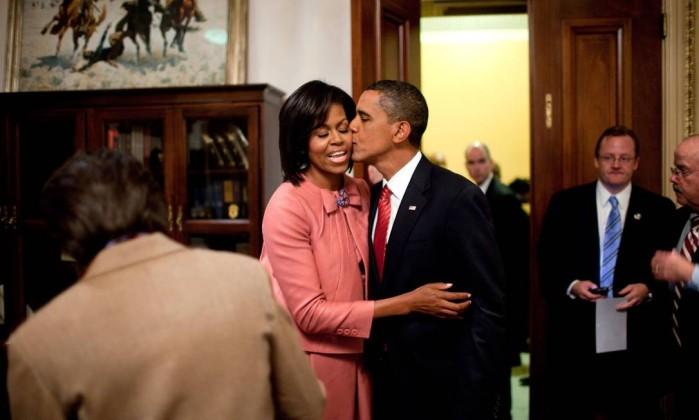 25 anos de casamento e de romance que encantaram o mundo — Obamas