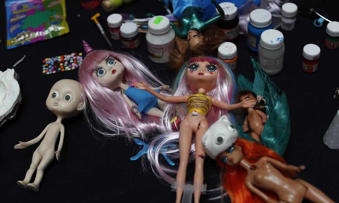 Bonecas utilizadas em um workshop que aconteceu durante uma exposição temporária sobre a Barbie, quando centenas de colecionadores disponibilizaram suas bonecas para exibição. Foto: Dario Lopez-Mills / AP