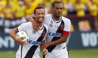 Nenê e Rodrigo podem estar deixando São Januário Foto: Rafael Ribeiro/Florida_Cup