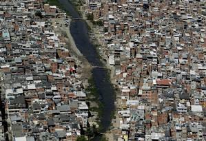 Desigualdade no Rio de Janeiro: Favela de Rio das Pedras Foto: Custódio Coimbra