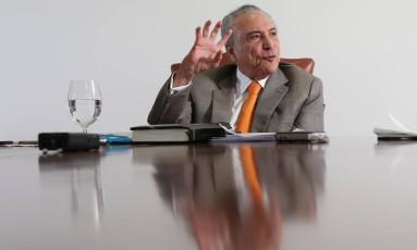 O presidente Michel Temer, em entrevista no Palácio do Planalto Foto: ADRIANO MACHADO / REUTERS