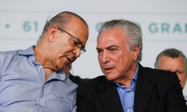 O chefe da Casa Cívil, Eliseu Padilha, e o presidente Michel Temer Foto: Beto Barata