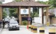 Entrada do Complexo Penitenciário de Gericinó (05/02/ 2013) Foto: Bruno Gonzalez / Agência O Globo
