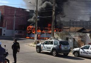 ônibus é incendiado em Natal Foto: Divulgação