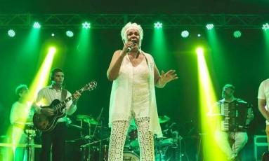 A cantora Loalwa Braz, vocalista do grupo Kaoma, foi encontrada morta Foto: Reprodução/Facebook/Kaoma