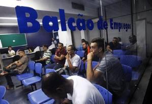 Balcão de emprego Foto: Thiago Freitas / Extra