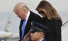 Donald Trump e sua mulher, Melania, chegam a base das Forças Armadas em Maryland Foto: MANDEL NGAN/AFP